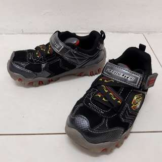 Skechers Magic Lite