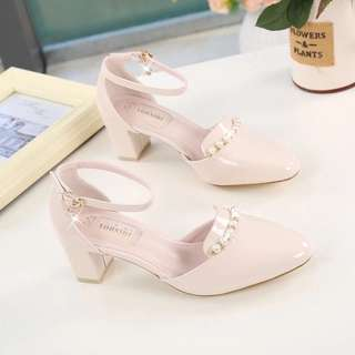 😎PO: Simple elegant low heels @ $25 (PC: A01983)