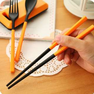 Cutlery Set Alat Makan sendok sumpit garpu Korean style travel