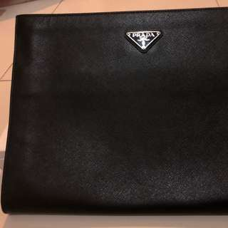 *Authentic* PRADA LIMITED clutch