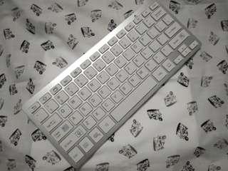 second hand keyboard in good condition price