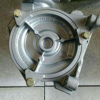 BENZ W201/W126/R107 車型 水幫浦(正廠)