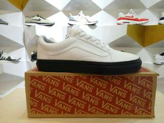 VANS OLD SKOOL BW . 36 - 44