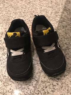 Disney mickey mouse black shoes