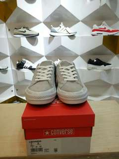 CONVERSE DX GREY FELICIA THE GOAT . 36 - 44 .