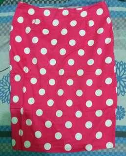 Pink polcadots skirt