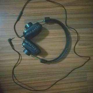 Eskuche dznd(n)la headphone