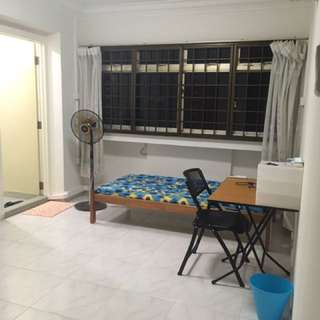 Master bedroom for rent in Boon Lay