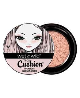 WET n WILD Mega Cushion Highlighter (Who's That Pearl)