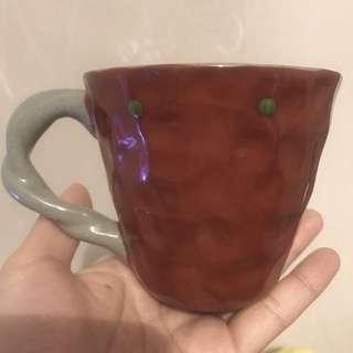 日本 手作棗紅色水杯 貓圖案