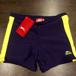 Slazenger Junior Swim Shorts 5-6 years old