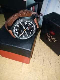 Swiss Army Ltd jam tangan pria kulit coklat