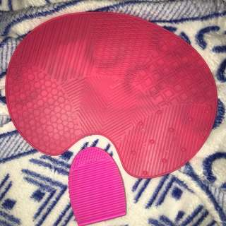 Make up brush egg and pad