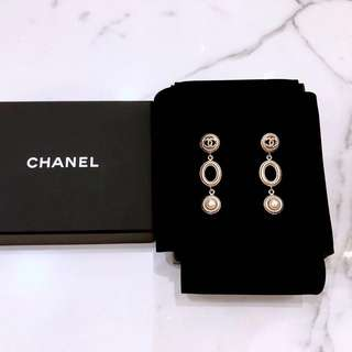Chanel gold colour earrings