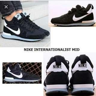 Nike 球鞋