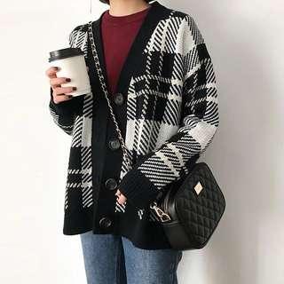 Retro plaid cardigan sweater coat Korean chic wind loose joker sweater female students tide