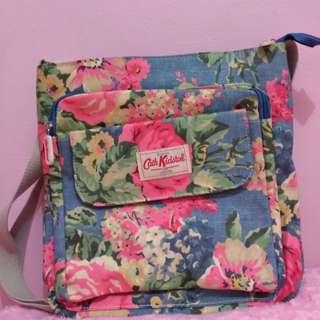 Cath Kidston Floral Original Sling Bag Tas Selempang