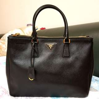 Prada Saffiano Leather Tote Bag 手提包 公事包