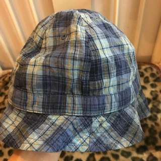 Bucket Hat Gap