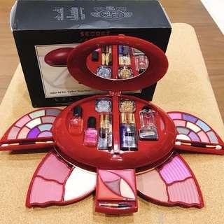 🚚 全新。✨多功能專業彩妝盒✨