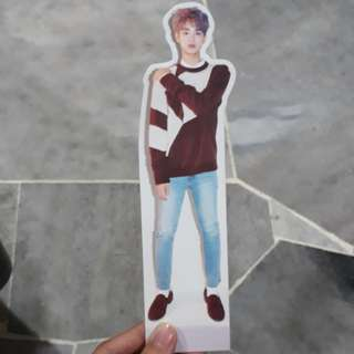 WANNA ONE OFFICIAL DAEHWI STANDEE