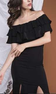 Wild Peonies Pascala Ruffles Off Shoulde Dress in Black (S)