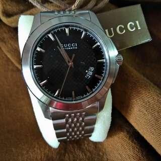 Gucci....全新自動錶有日期🈹價