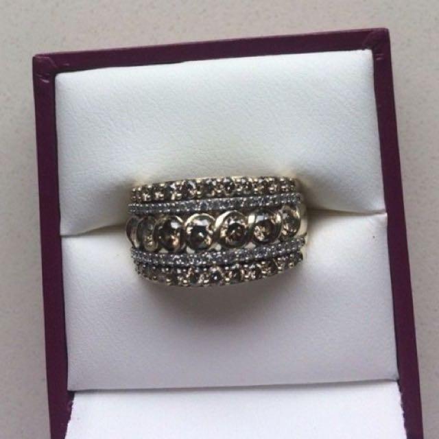 9ct Yellow Gold 1.5ct Champagne & White Diamond Ring