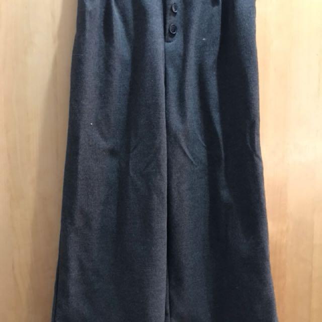 排扣設計 寬褲