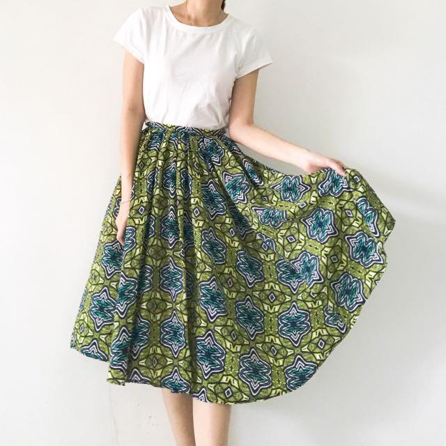 🆕 Stradivarius Pattern Skirt