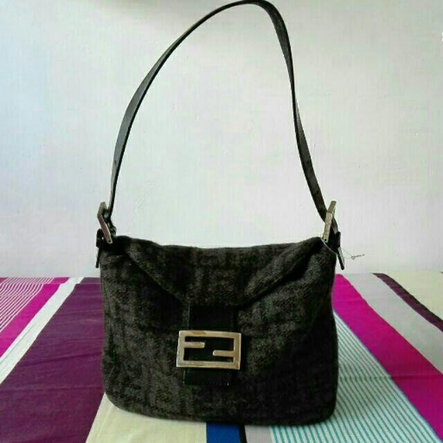 0c755fff28fc ... coupon authentic fendi classic shoulder bag luxury bags wallets on  carousell 84a3c 9b50e