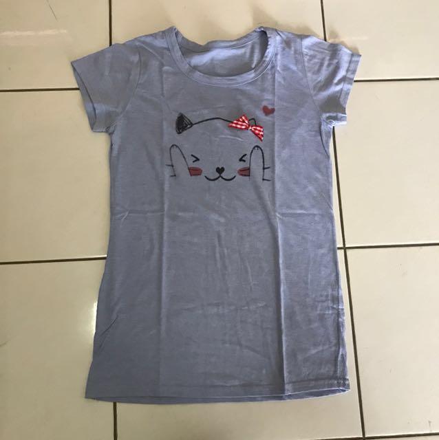 Baju Biru Kucing