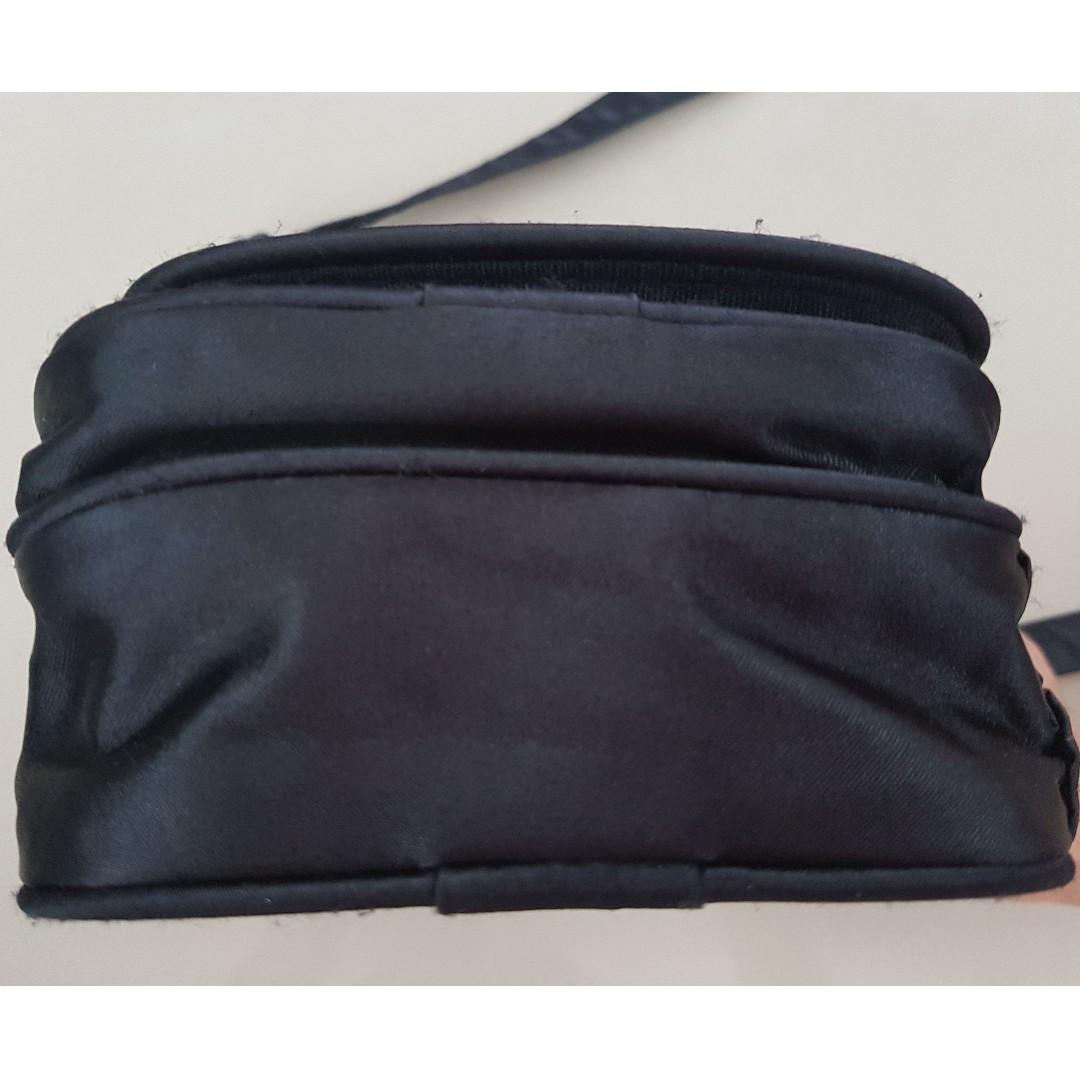 e50f723e9b9b3 Billabong Sling Bag   Small Bag   Cross Body Pouch