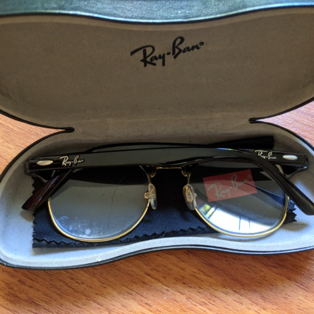 dd677e3f403 Black Gold Ray-Ban Prescription Retro Vintage Glasses with branded case and lens  cloth