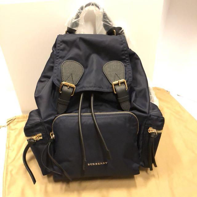 正全新正burberry中款 軍旅後背包 backpack rucksack (林心如愛用款粉色 深藍色黑色)大中小