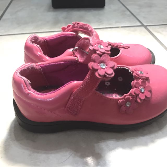 Children's place pink floral shoes