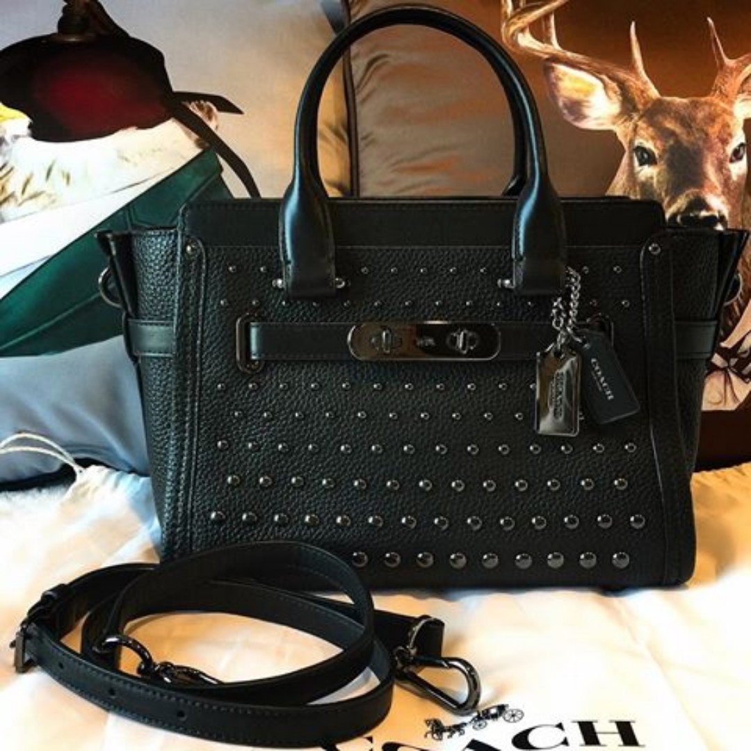 Coach Swagger 27 in Pebble Leather with Ombre Rivets 9962495b75