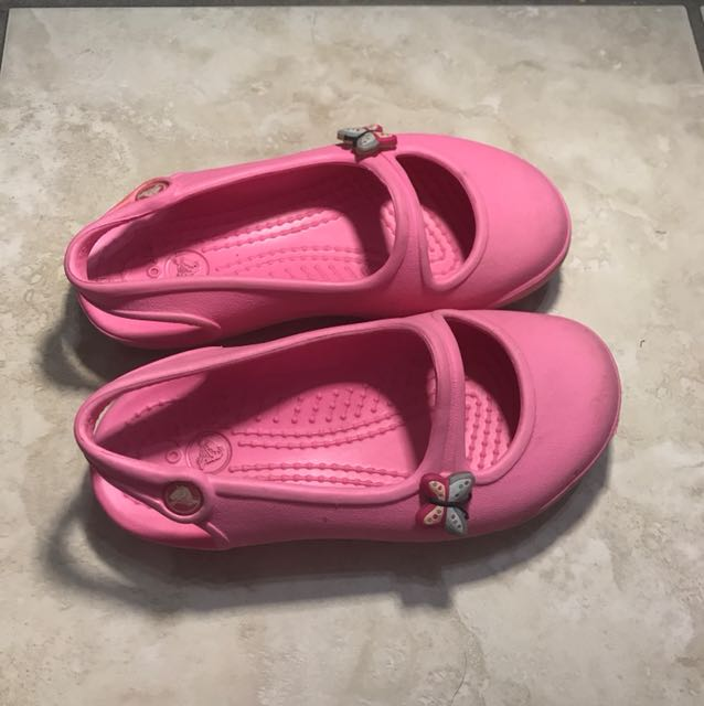 Crocs pink clogs