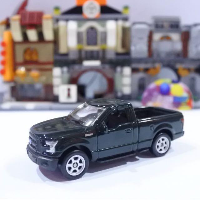 Diecast Ford Series skala 60 - welly nex mobil mainan miniature