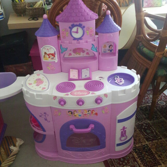 Disney Princess Kitchen stove top