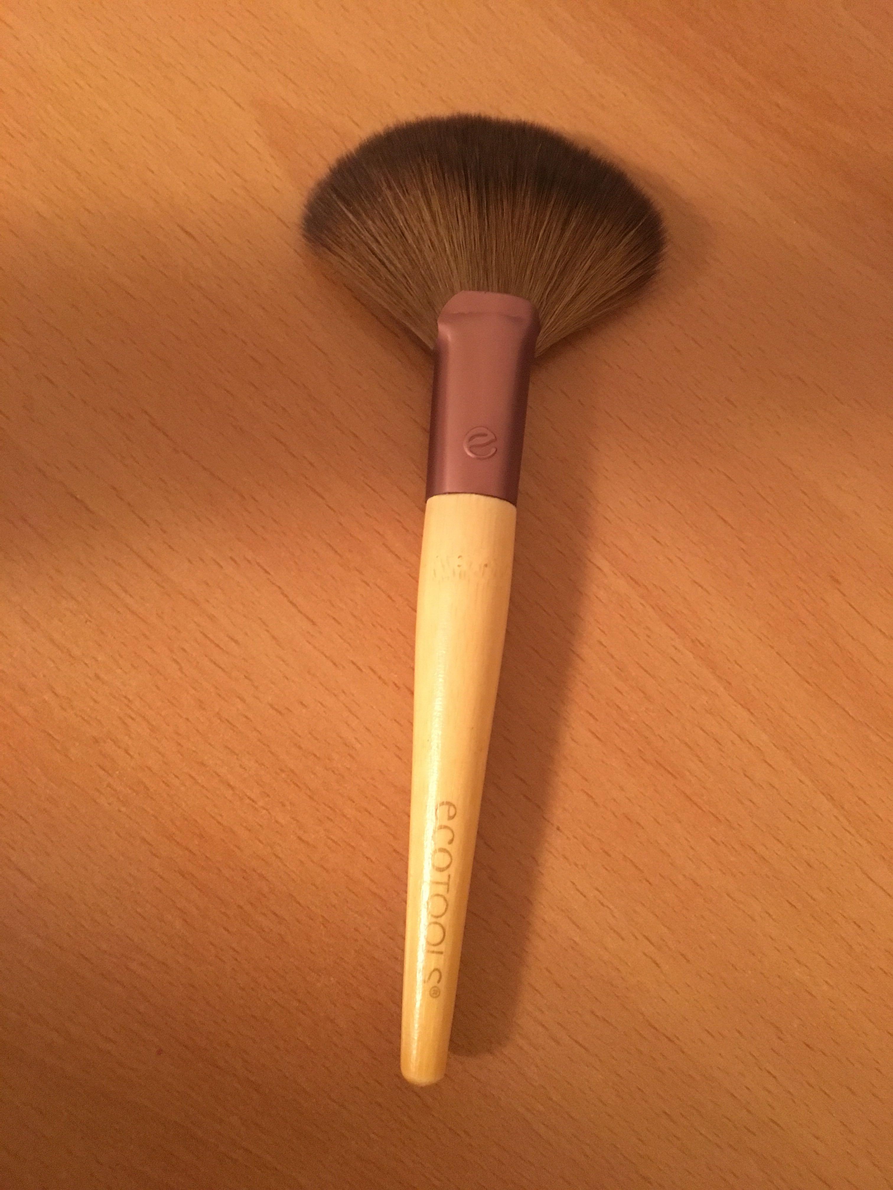 Eco Tools Fan Brush