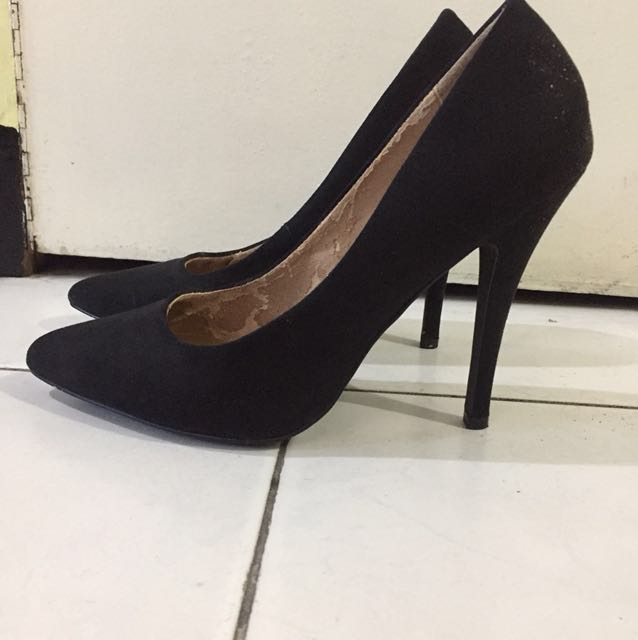 F21 Black suede stilleto