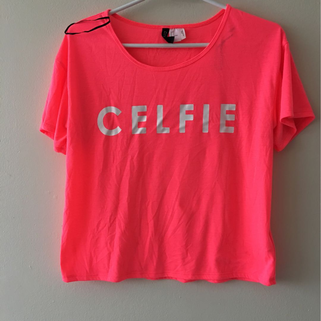 ⚫️FREE! Celfie H&M Top
