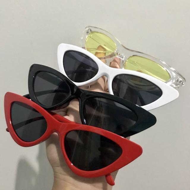 Kacamata Segitiga