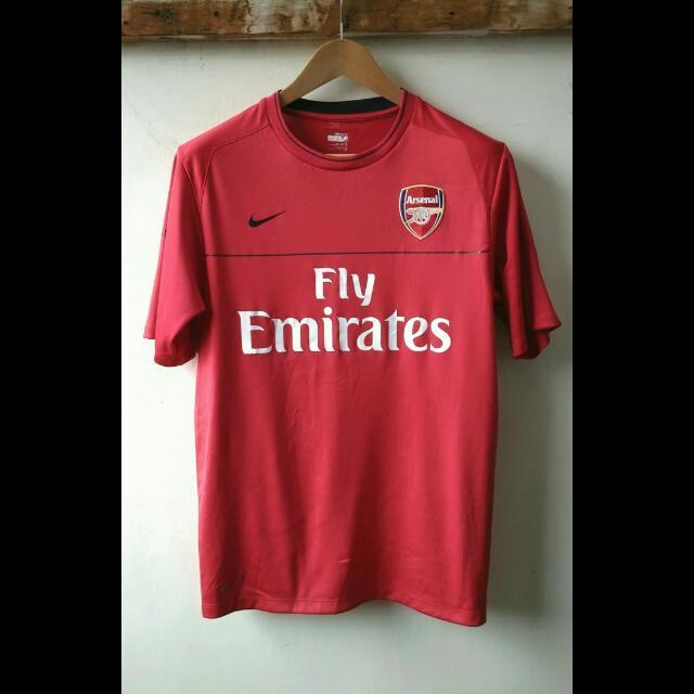 Kaos Jersey Arsenal Fly Emirates Original. Kode Nike 287541.  Size M Besar - Muat L Indonesia