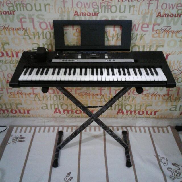 Keyboard YAMAHA-PSR E243