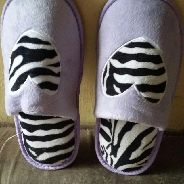 Memoey foam slippers