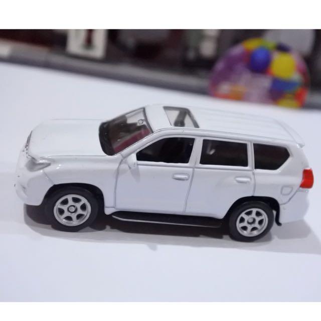 Mobil Toyota Skala 60 - Diecast Welly Nex Mainan Miniature