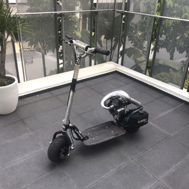 Petrol Small Scooter - Goped GSR46r - Sport Scooter