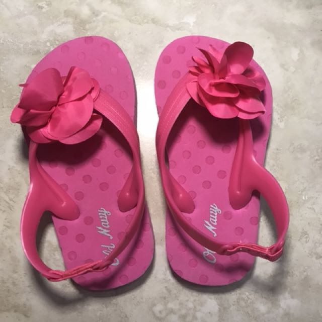 Pink old navy flip flops